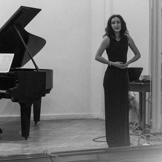 Eliza Maria Ghizelea - Profesoară pian și canto