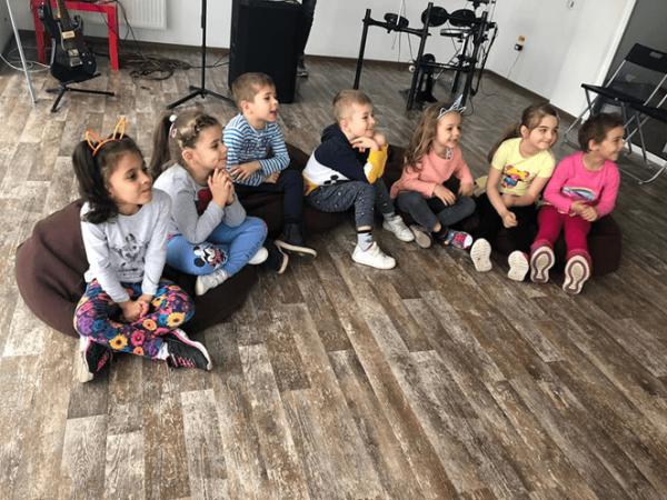 Activitati Gratuite pentru copii la Band Music School